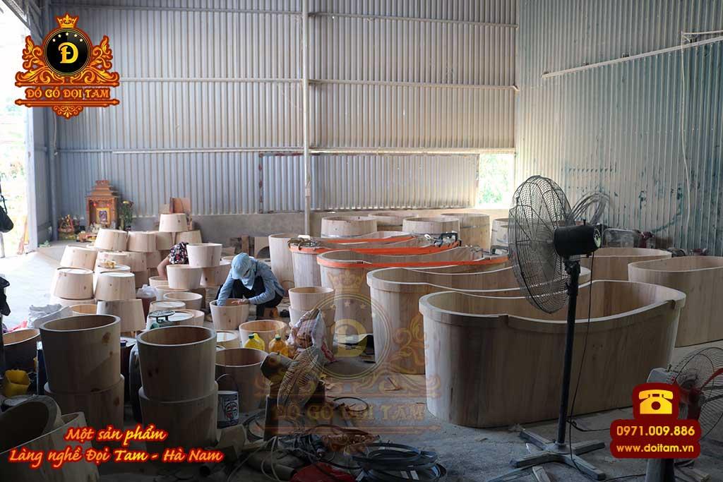 Cơ sở sản xuất - bán bồn tắm gỗ tại làng nghề Đọi Tam - Đặt mua bồn tắm gỗ ☎ 0971.009.886 #bontamgo #thunggo #doitam #duytien #hanam #vietnam #dogodoitam