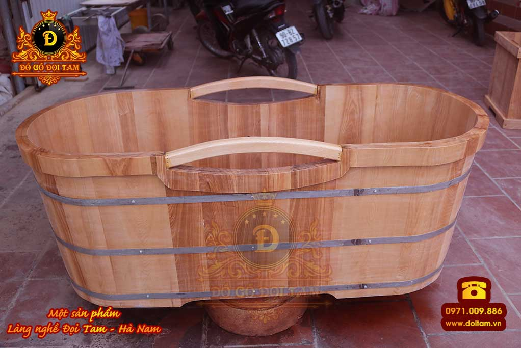 Bồn tắm nằm gỗ Sồi có tay vịn