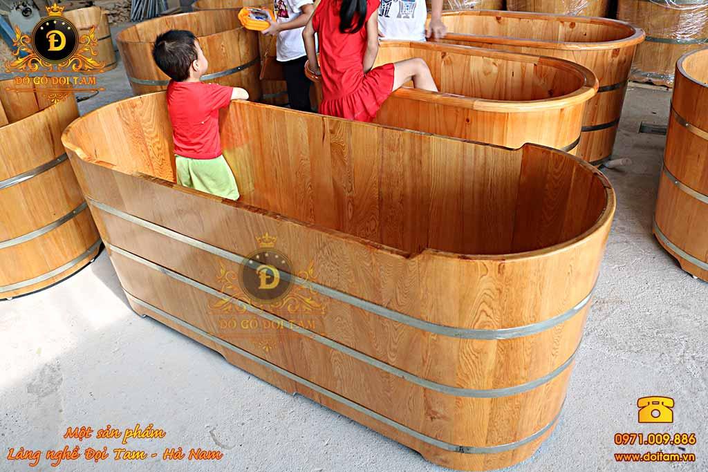 Bồn tắm nằm gỗ Pơ mu cho 2 người