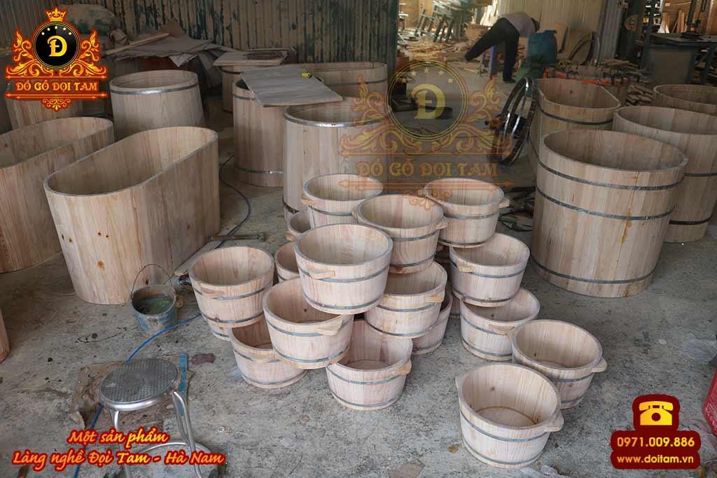 Bồn tắm Ngồi gỗ Pơ Mu